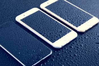 iPhone Water Damage-min